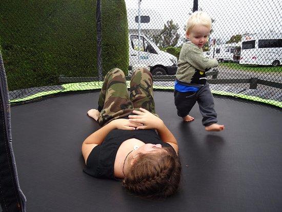 Taupo DeBretts Spa Resort: Kids trampoline