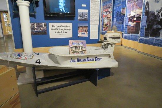 Нанаймо, Канада: Bath tub racer