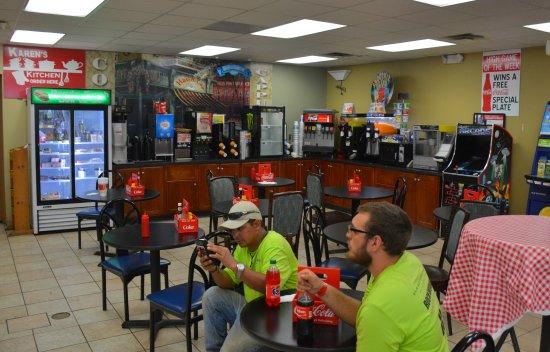 Statesville, NC: Main Dining Area