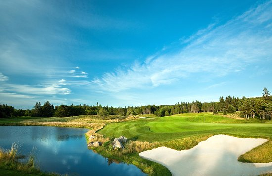 The Lakes Golf Club: looking back on #7