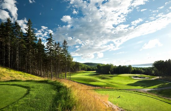 The Lakes Golf Club: Views from #17