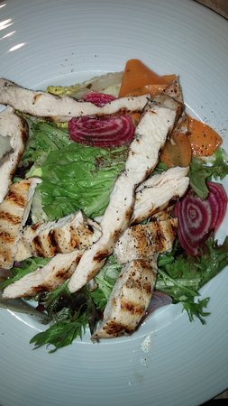 Citrus Toronto - salad with chicken added