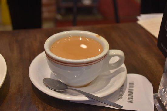紅磡冰室 北角:套餐跟港式咖啡奶茶是必然的
