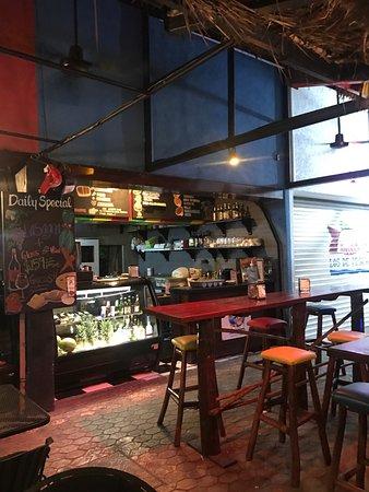 Padrino's Pizza Express: photo0.jpg