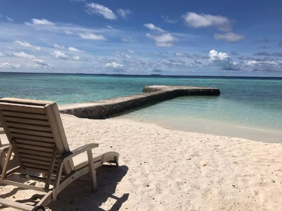 Makunudu Island: Your personal beach space from your room's back door
