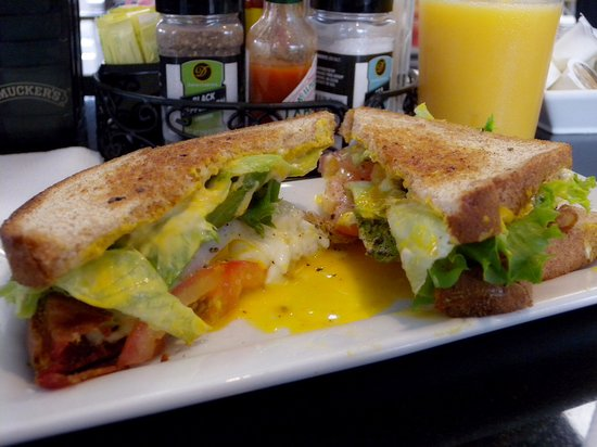 Troutville, VA: Egg sandwich to order