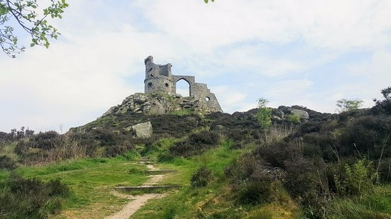 Mow Cop Castle / Folly