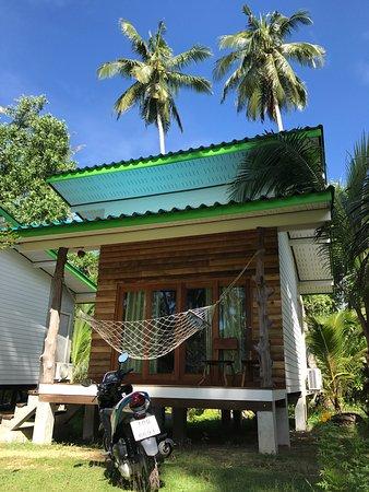 Suan Maproa Ko Kut Resort