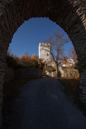 Burg Sterrenberg: Vom Parkplatz aus