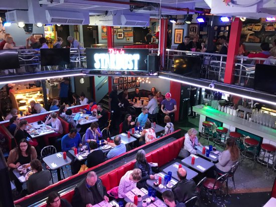 Int rieur du restaurant picture of ellen 39 s stardust for Interieur new york