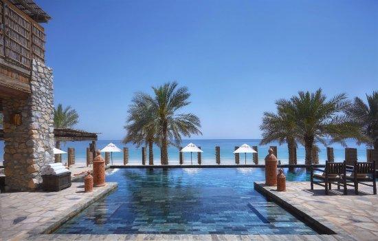 Zighy Bay, עומאן: The Retreat pool deck