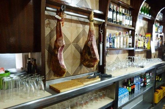 Esplugues de Llobregat, Spain: Interior Bar Pica-Pica