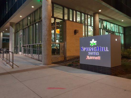20170504 222702 picture of springhill suites. Black Bedroom Furniture Sets. Home Design Ideas