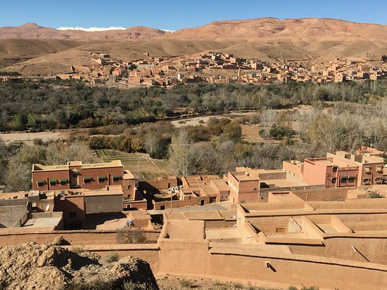 Hassilabied, Morocco: Tour al desierto pasando por este maravillos paisaje de las gargantas del dades