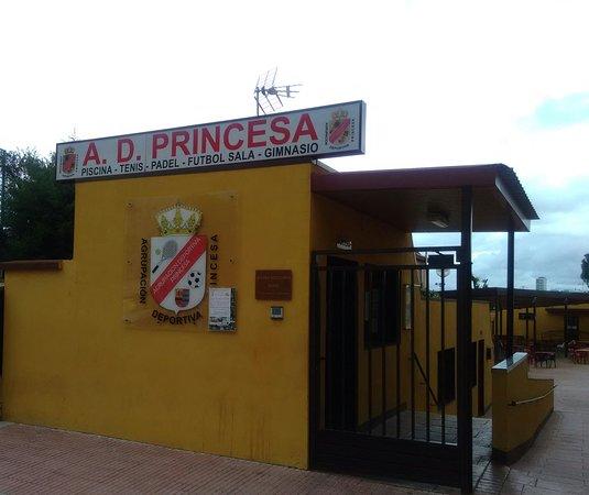 Mostoles, Hiszpania: Bar del Polideportivo Princesa