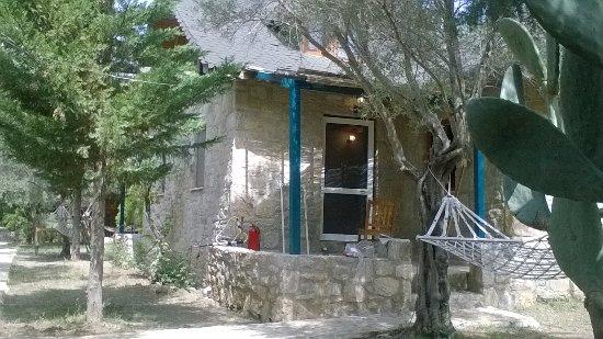 Mesudiye, Turquía: one of the stone houses