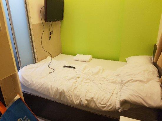 Homy Inn: Tight Fit