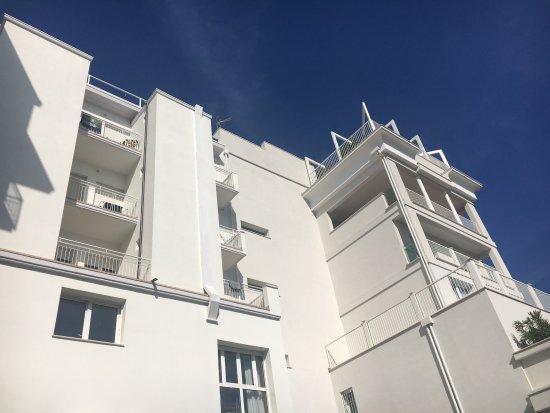 Residence Auriga: il retro della struttura ristrutturato