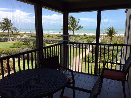 Sanibel Moorings Resort: Ocean view from family room patio