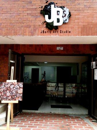 JBerly Art Studio