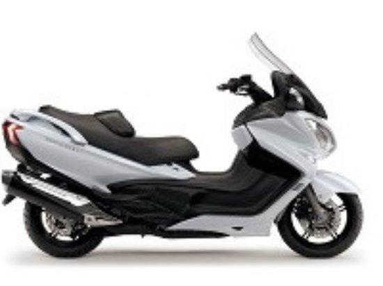 Velizy-Villacoublay, Francia: Votre taxi scooter sur réservation à Paris Orly et Roissy CDG