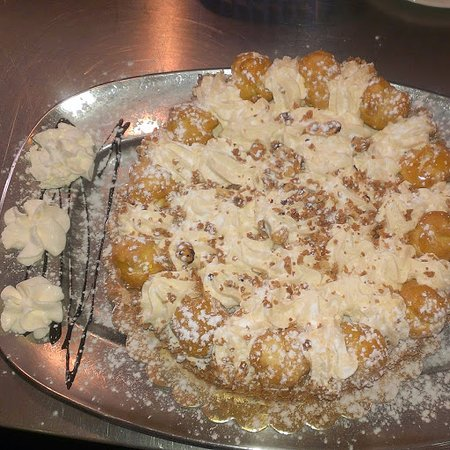 Sona, Italy: dolce, torta o gelato? abbiamo un ampia scelta a prezzi molto bassi.