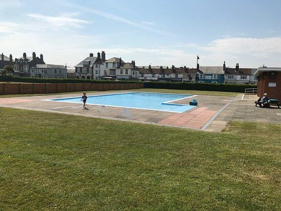 9741bb4c3c2 Walmer Paddling Pool - Picture of Walmer Paddling Pool