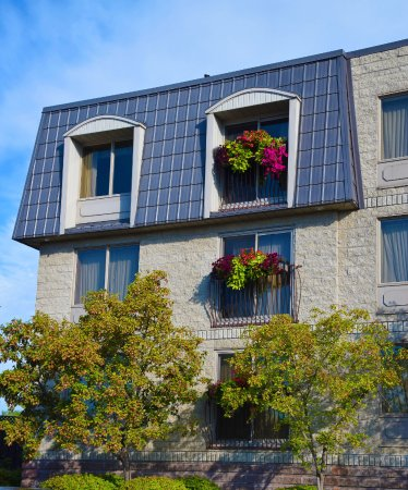 Orillia, Canada: Exterior with floral arrangements on balconies