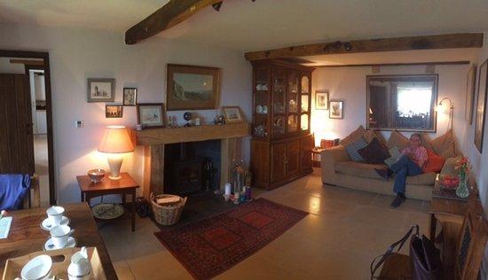 Slaidburn, UK: Guests' lounge/dining room
