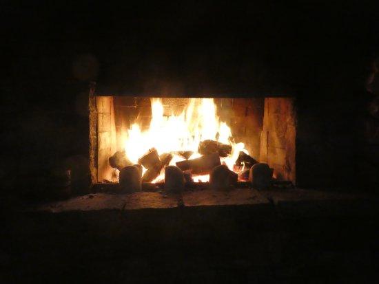 Monsoon Bar & Restaurant: un buen fuego