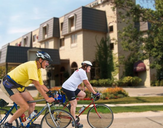 Ориллия, Канада: Cycling hotel packages