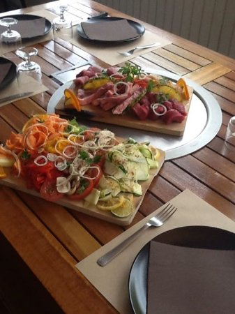 Bourcefranc le Chapus, Frankrijk: plancha barbossa accompagnée de légumes