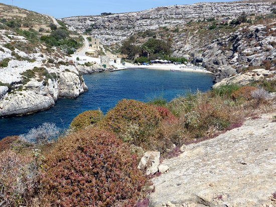 Mgarr ix-Xini: from the clifftop path