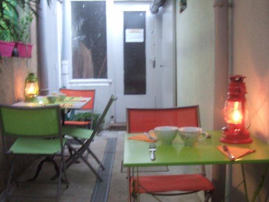 TERRASSE OMBRAGEE - Picture of L\'Grain de Ble, Nantes ...