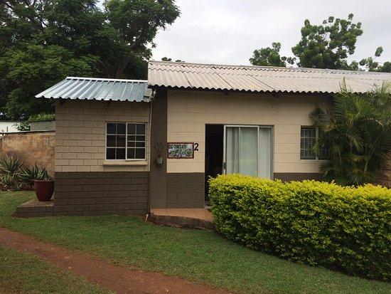 Guinea Feather Country Lodge: kamer met extra slaapkamer (uitbouw)