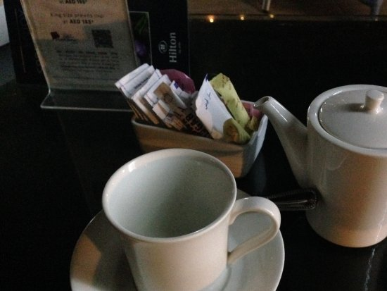 Makani Cafe: Late night tea,