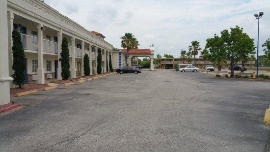 Motel 6 Lafayette - University Ave Bild