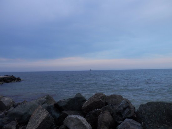 Aheloy, Βουλγαρία: 3 minutes walking to the shoreline