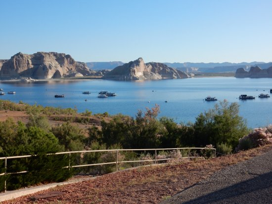 Lake Powell Resort: View from outside the dining area