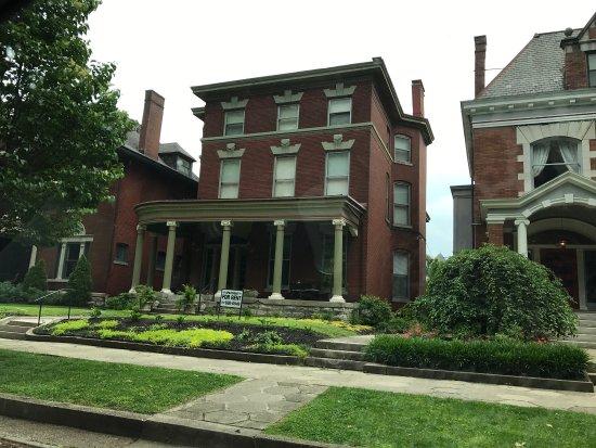 Old Louisville: photo1.jpg
