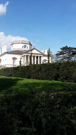 Chiswick House: Such a beautiful building