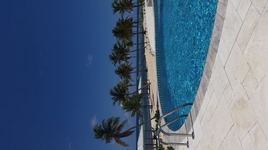 Cayman Brac Beach Resort: 20170508_123427_large.jpg