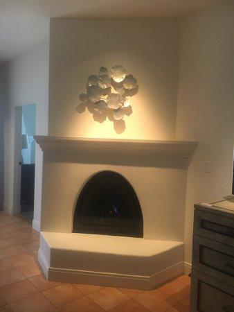 Ojai, CA: Living room fireplace