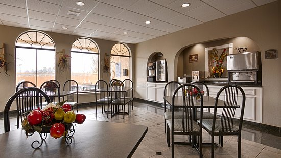 Best Western Heritage Inn: Breakfast Area