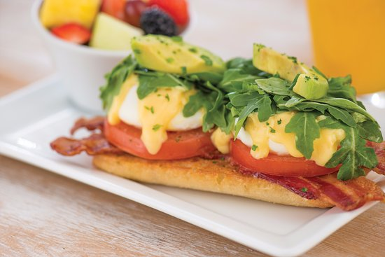 Decatur, GA: BLT Benedict