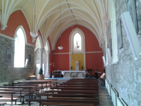 Enniskerry, Ireland: Inside the Church