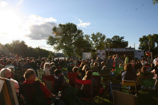 Little Falls, MN: Crowds fill Maple Island Park for Great River Arts annual outdoor concert & fundraiser Rock the