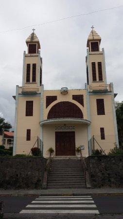 Eglise du Precheur: très belle église moderniste a visiter