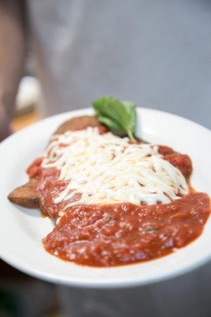 Тамарак, Флорида: Eggplant parmesan is delicious