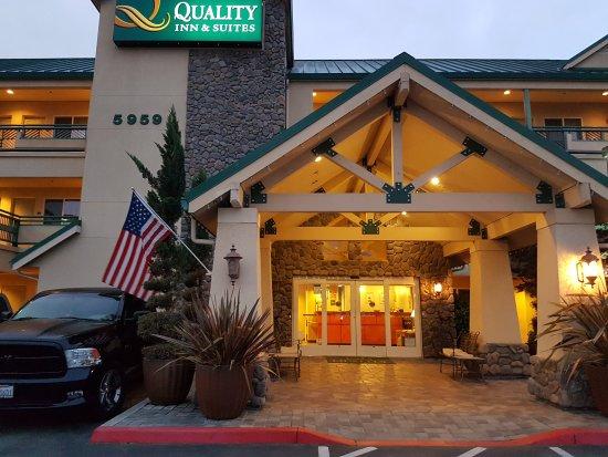 Quality Inn & Suites : 20170511_054836_large.jpg